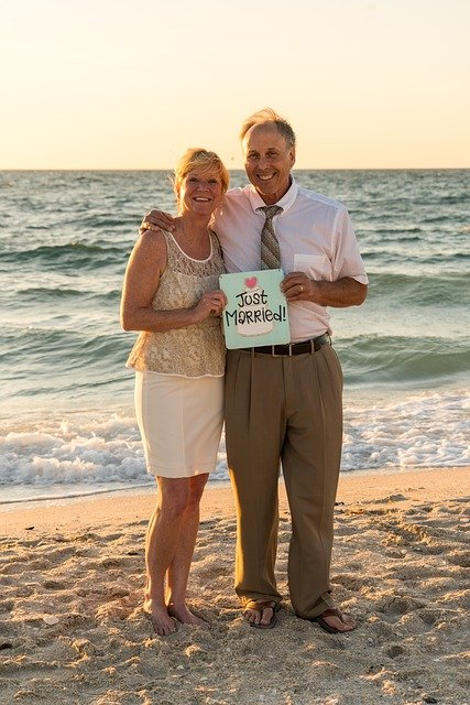 What To Wear To A Beach Wedding.Know What To Wear To A Beach Weddings Tips On How To Dress For